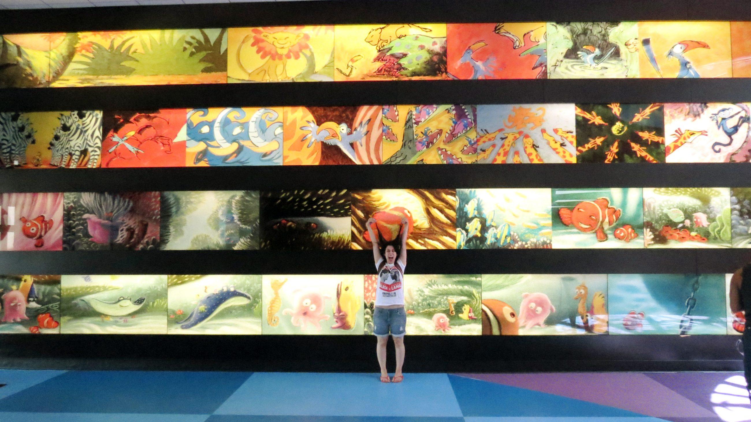 Vc precisa visitar:A gente ficou 4 dias num dos hotéis da Disney, oHotel Art of Animation e lá foi um dos lugares que eu mais me emocionei. Lá, vc também pode aprender a ilustrar com um dos artistas do Studio, que fica ali ensinando a galera a desenhar, com passos rápidos e toda a destreza de um profissional da Disney ;)